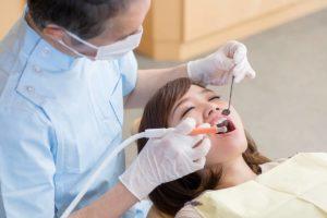 Women wants to reverse gingivitis.